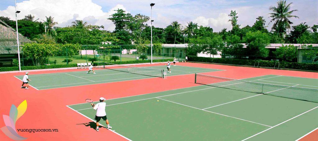 Tìm Hiểu Kỹ Thuật Thi Công Mặt Sân Tennis